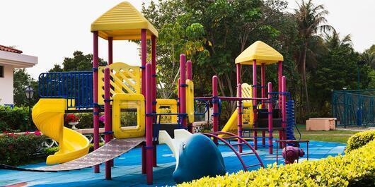大型儿童游乐设施.jpg