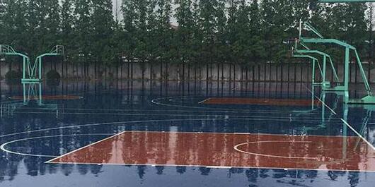 硅PU篮球场.jpg